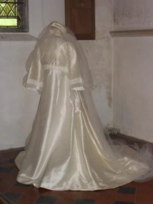 1967 dress, wedding at St Nicholas Church Stevenage