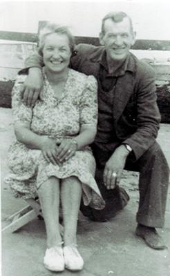 Sam Thornton & Doris Brewer | Geoff Webb