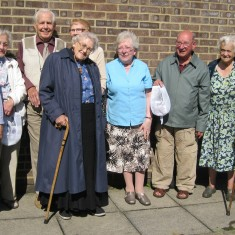 St Luke's Sharing Stories Group and their 'memory' pockets | Chris Blanch