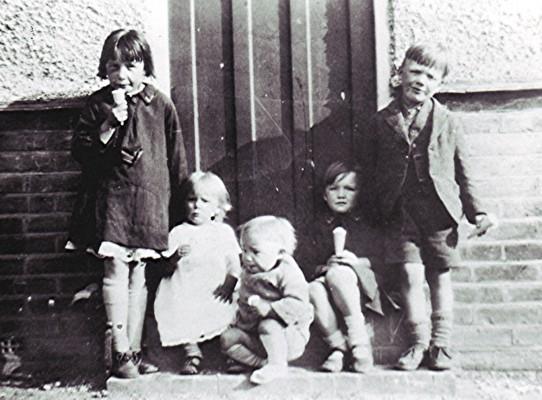 The Smith children | Geoff Webb