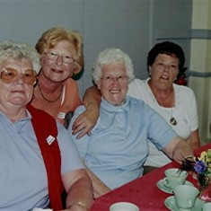 (Left to right): Janet Batchelor, Rosemary Stevens, Beryl Batchelor, Rosalind and Joyce Brett. | Geoff Webb