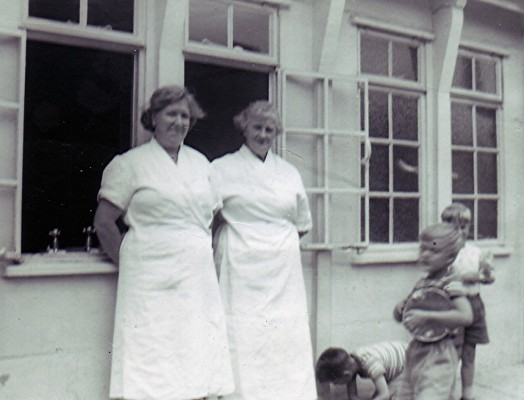 Infants School Dinner Ladies | Geoff Webb