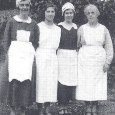 Staff at Morley Hall, Wareside, 1930's | Hertfordshire Archives and Local Studies, Wareside A Miscellany