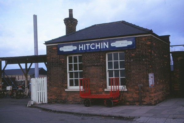 Hitchin ststion 1975 | H Pegrum