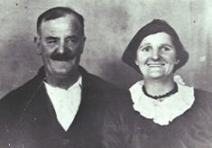 Tom & Lily Gibbs