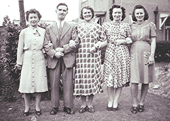 Annie Taylor and her family   Geoff Webb