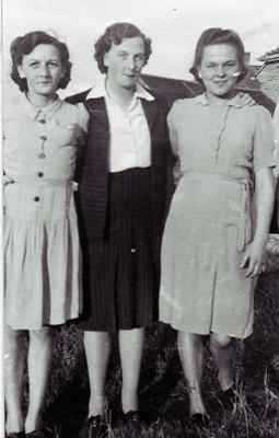 The Smith sisters | Geoff Webb