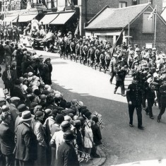 King George V's Silver Jubilee procession, 6 May 1935, at Tring | Hertfordshire Archives & Local Studies