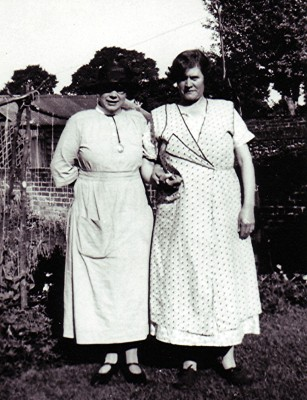 Nurse Sybil Trudgett (left) with Frances Nunn | Geoff Webb