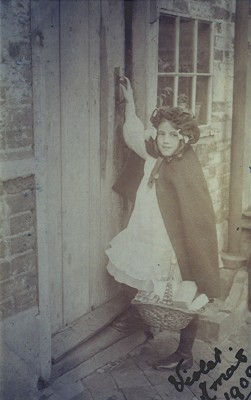 Violet Ford 1909 | Geoff Webb