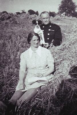 Walter & Edith Bradshaw   Geoff Webb