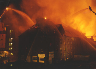 Firefighters tackle the blaze, 1988 | Hertfordshire Archives & Local Studies
