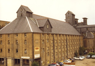 Victoria maltings in 1981 | Hertfordshire Archives & Local Studies