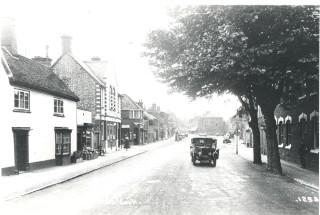 Whitehorse Street, Baldock, in the 1920s   Hertfordshire Archives & Local Studies