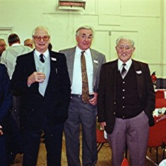 Left to right: Malcolm Webb, Fred Wilson, Harry Halsey, Ray Gammons, Ted Gurney | Geoff Webb