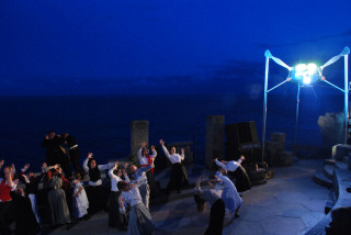 Hertfordshire Players - The War of the Worlds | Minack Theatre