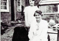 Winifred & Joyce Simpson